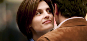 """Castle: 1.01 """"Flowers For Your Grave"""" @ AXN / AXN HD"""